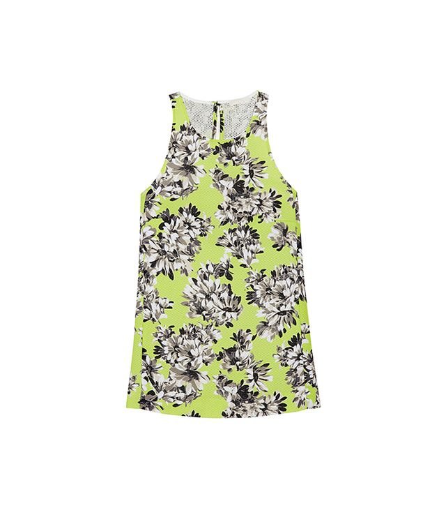 This top + white skinny jeans = babe alert! 