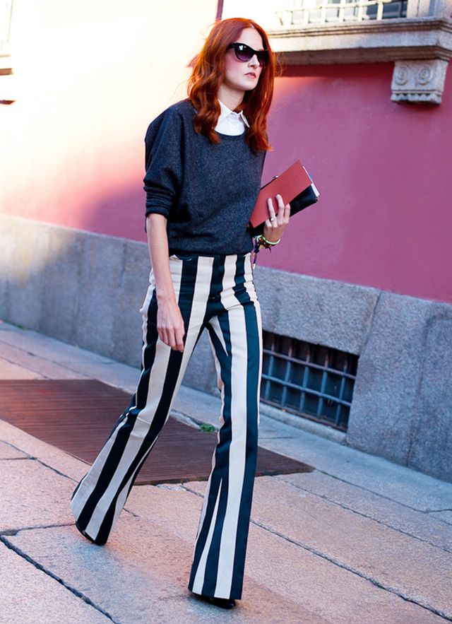 Trick 4: Opt for pants with vertical lines. 