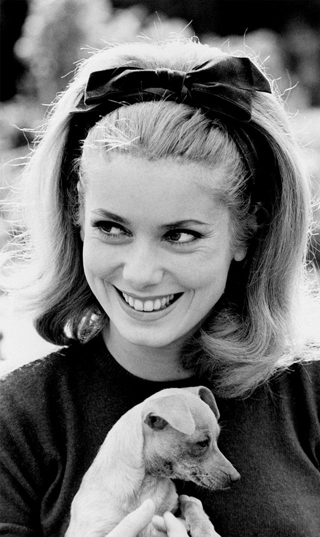 Catherine Deneuve Onscreen and off-screen, Dunaway's accessories were enviable (we still can't get over her headband in Belle deJour). This youthful sash tied in a bow is...