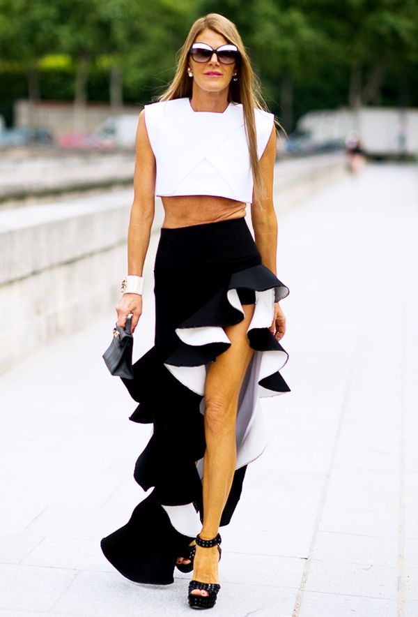 Not every glamorous look has to include a gown. A crop top and a dramatic flamenco-inspired skirt achieve the same effect.