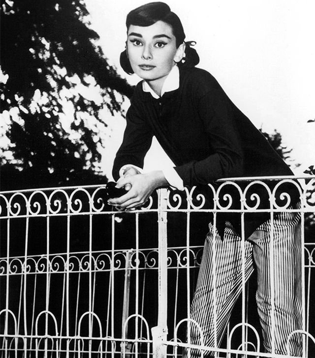 8. Striped Pants If you favor flats like Hepburn, striped pants offer an excellent way to lengthen your legs.