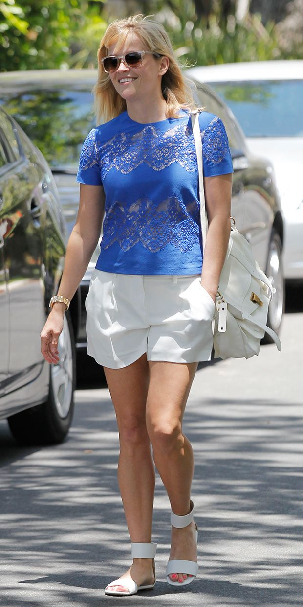 Reese Witherspoon's Chic Summer Style