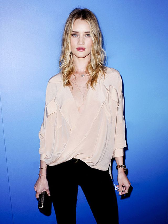 Rosie Huntington Whiteley 39 S Guide To Girls 39 Night Out Dressing Whowhatwear