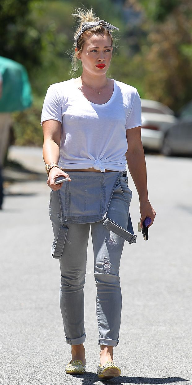 The New Way To Wear Your Overalls, As Seen On Hilary Duff