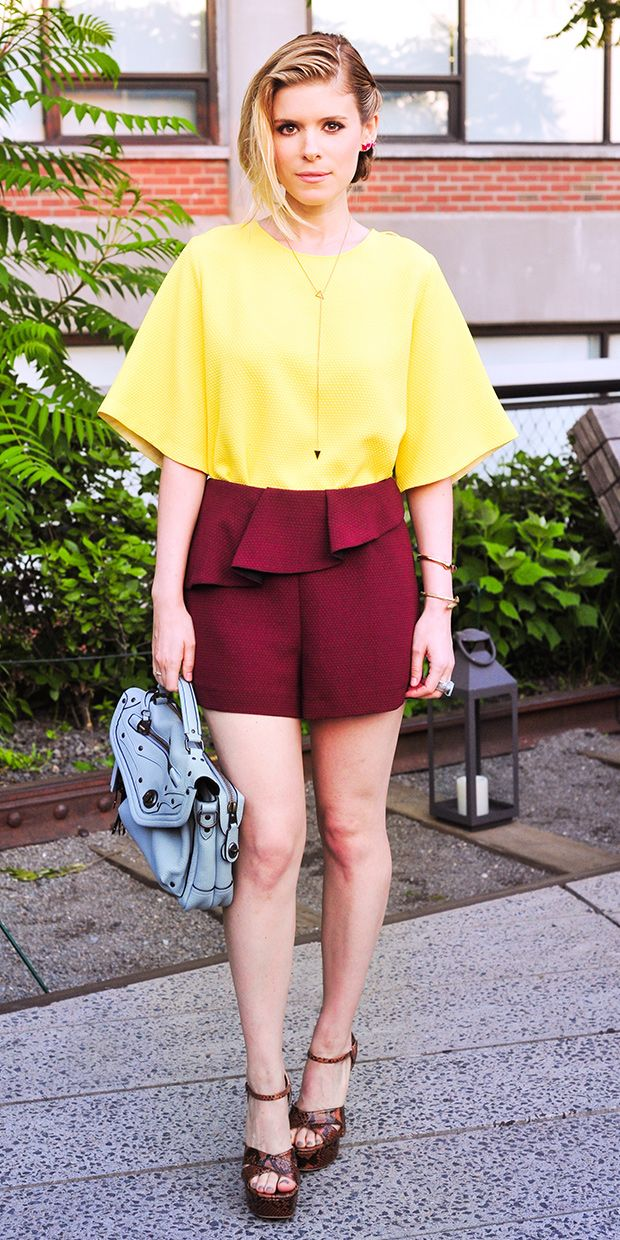 Kate Mara Brings Colorblocking Back As A Must-Try Trend