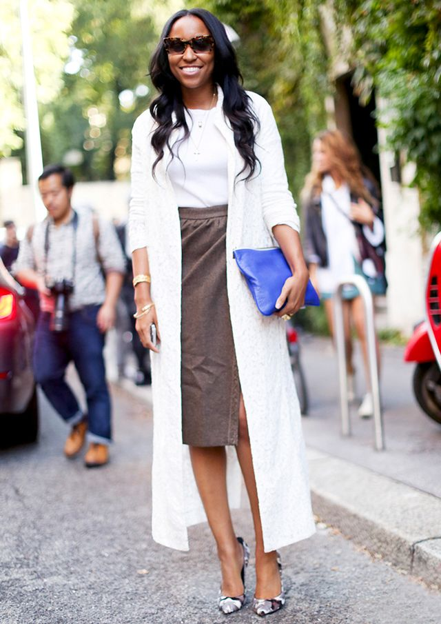 Incorporate dainty jewelry and eye-catching heels into a rather simple t-shirt-and-pencil-skirt outfit.
