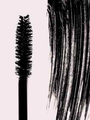 7 Natural Mascaras That Actually Work