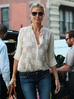 Heidi Klum's A+ Outfit Equation: Print Blouse + Stud Accessories