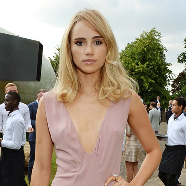 Suki Waterhouse Takes The Plunge With Burberry Prorsum