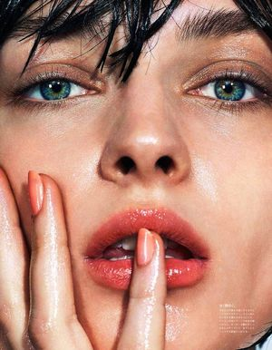 Slick Summer Beauty Inspiration From Vogue Japan
