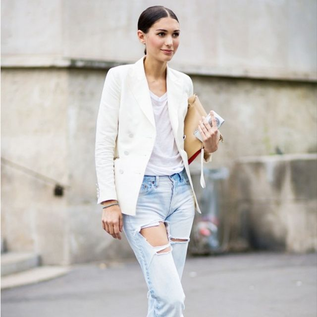 Tip Of The Day: How To Dress Up Your Ripped Jeans