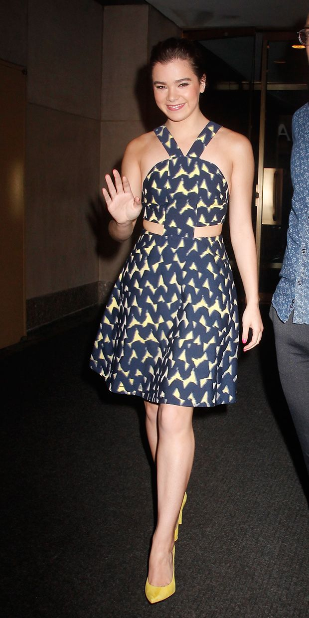 Hailee Steinfeld's Cutout Dress Is Perfect For A Hot Summer Night