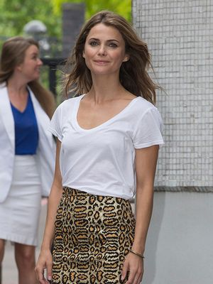 A Chic Way To Dress Up Your Favorite White Tee