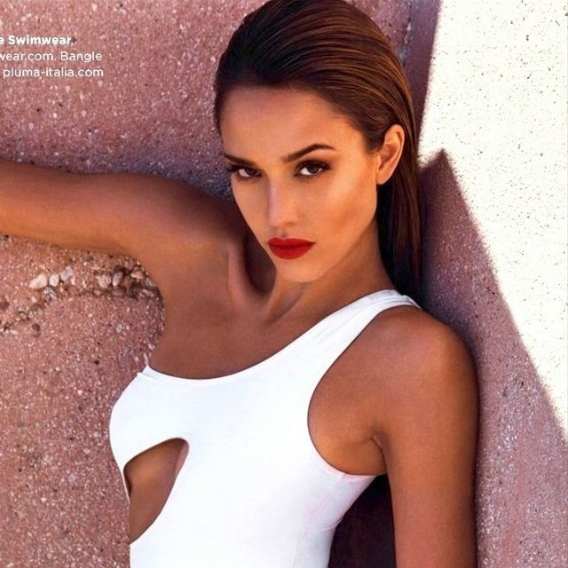 Jessica Alba's Sexy GQ UK Covershoot