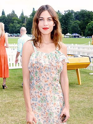 How To Get Alexa Chung's Cool-Girl Look On A Budget