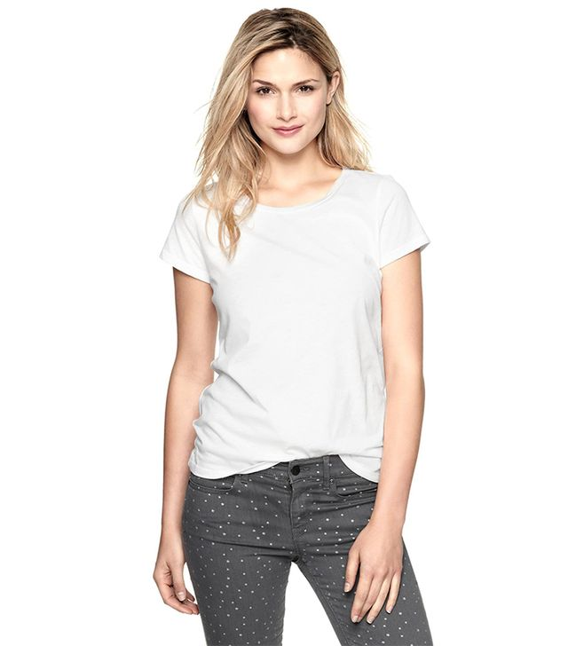 Best White T Shirt For Women | Is Shirt
