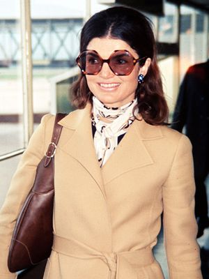 Shop Our Favorite Oversize Sunglasses in Honor of Jackie O's Birthday