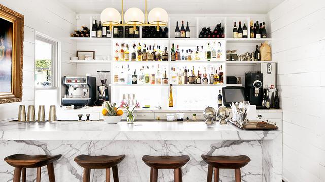 Restaurant to Room: Josephine House