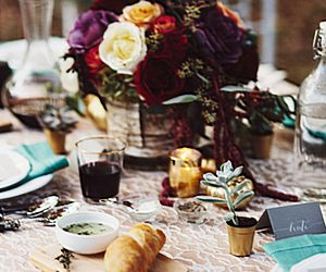 An Elegant Thanksgiving Tablescape