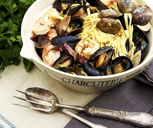Haylie Duff's Mussels and Clams Over Linguine