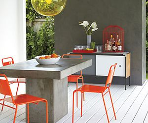 10 Downright Dashing Dining Tables