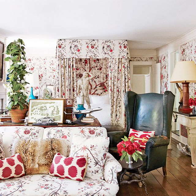 9 Classic Fabric Patterns You Should Know