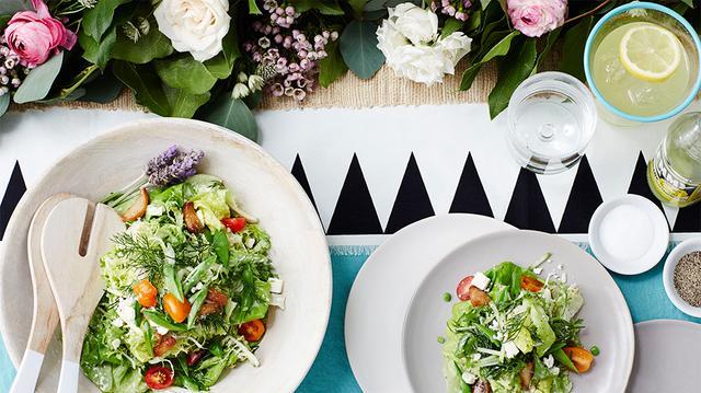 Bibb Lettuce with Roasted Garlic and Black Pepper Buttermilk Dressing ...