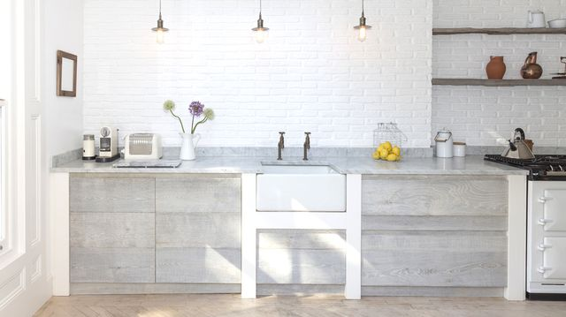 5 Surprising Ways to Clean Your Home Naturally