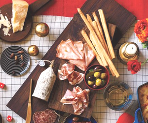 Mario Batali's Secret to an Unforgettable Dinner Party