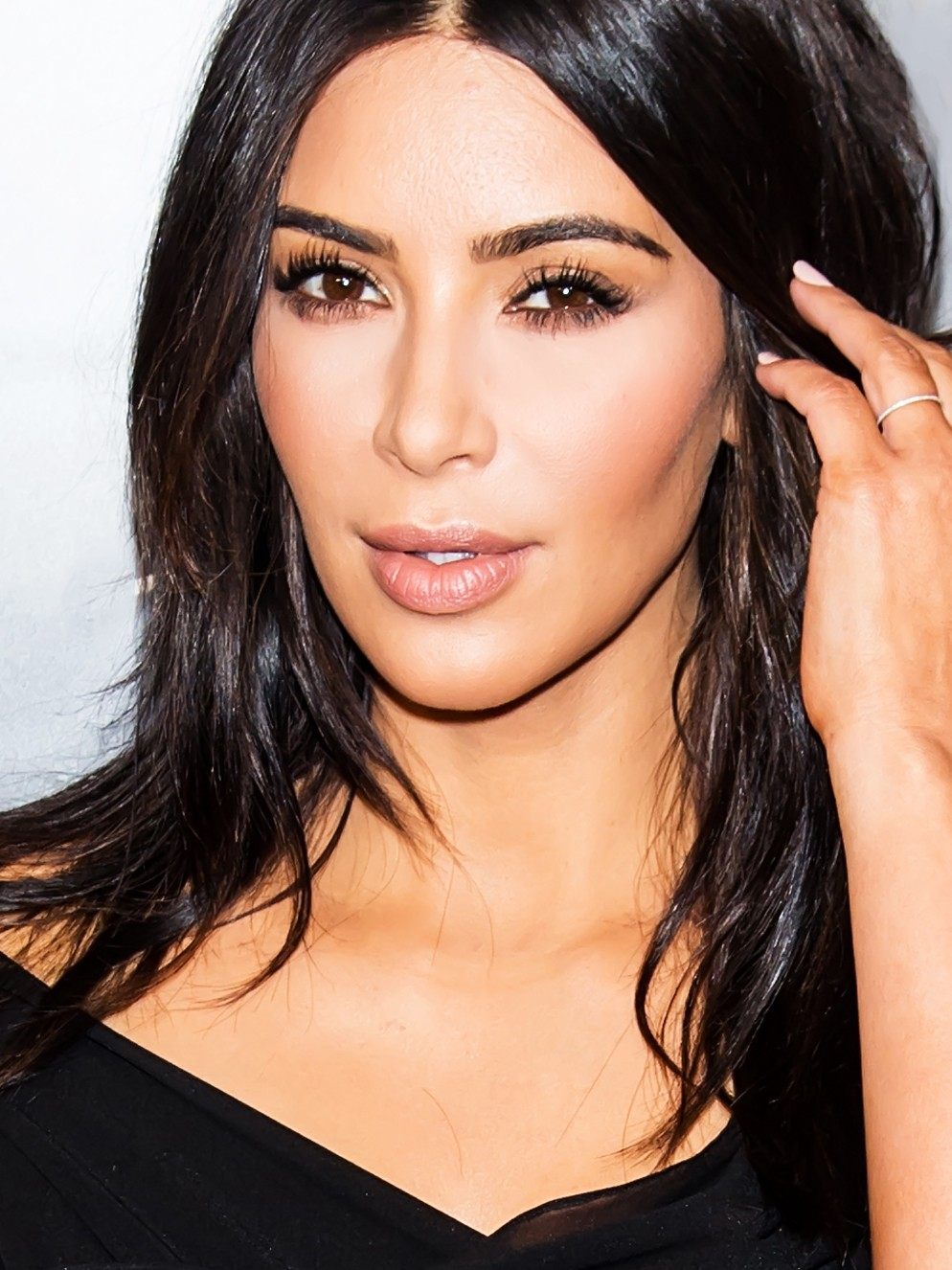 Watch Kim Kardashian West Do Her Own Makeup For A Night