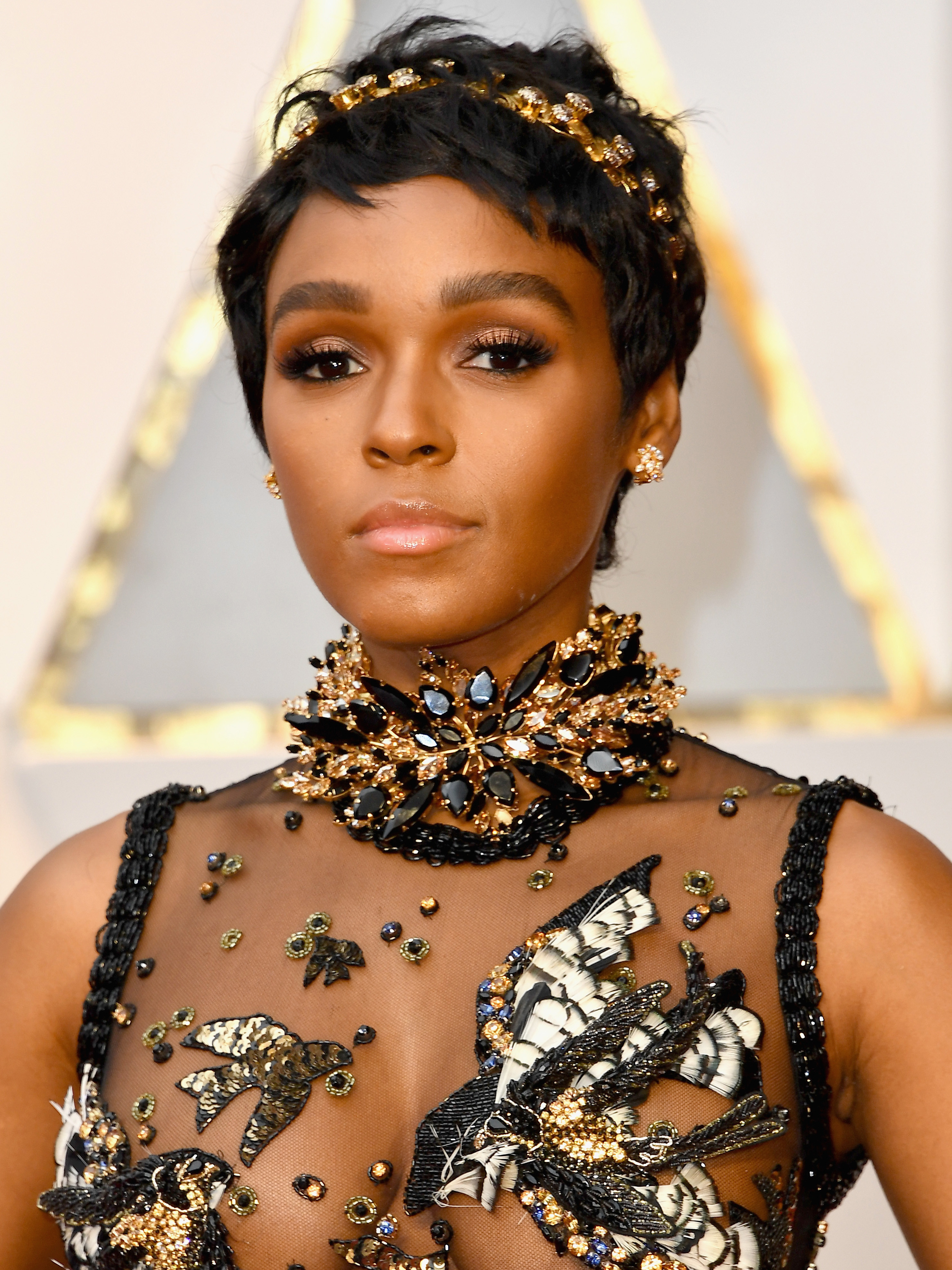The Short Haircut That Ruled the Oscars Red Carpet  Byrdie.com