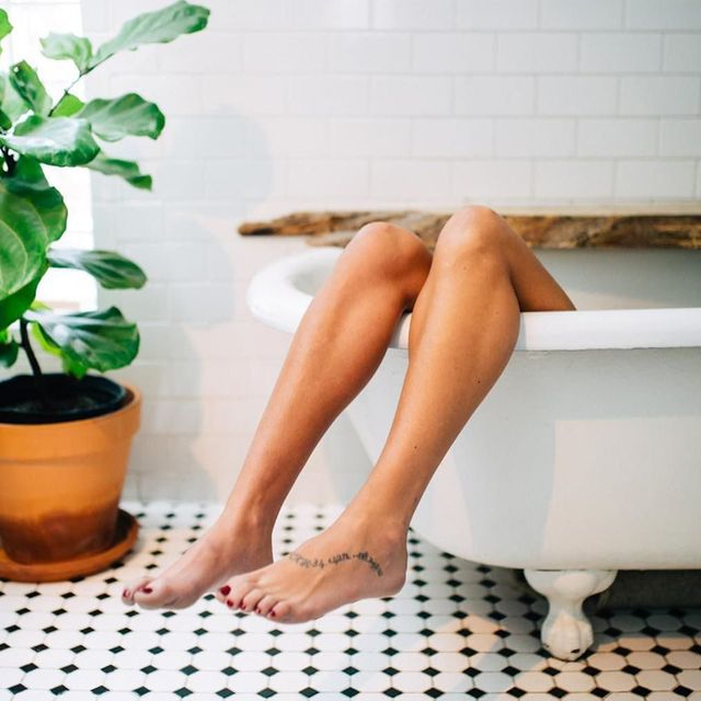 I Took a Mustard Bath, and It Was Intensely Detoxifying