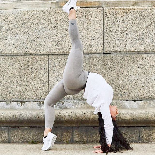 These Moves Won't Give You a Butt Like J.Lo's, but They Will Tone Your Glutes